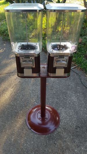 Candy/ toys machine for Sale in Dover, FL