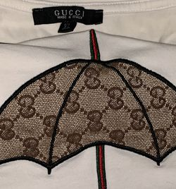 WOMENS GUCCI SHIRT for Sale in Rockville,  MD