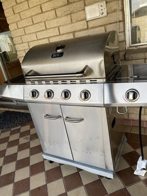 BHG bbq grill gas for Sale in Glendale, AZ