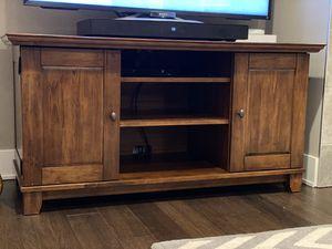 TV Stand w/ Media Storage for Sale in Edgewood, WA