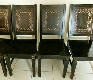 Dining table & chairs for Sale in Peoria, AZ