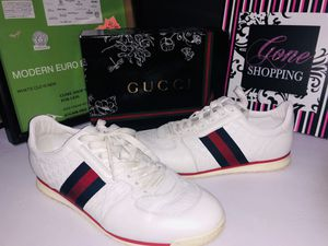 Gucci fashion sneakers 233334 size 9 very nice for Sale in Dublin, OH