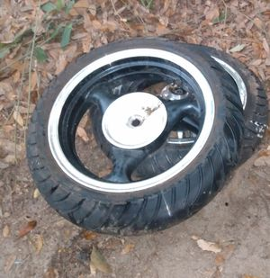 Celimo tubeless tires and rims for Sale in Cantonment, FL