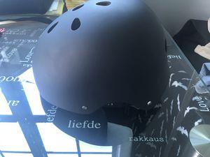 Bicycle skate board helmet NEW for Sale in Miami, FL