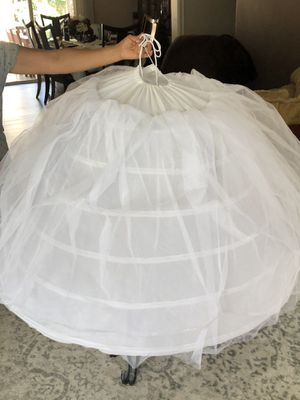 Dress hoop skirt/ crinoline used only once for Sale in Buena Park, CA