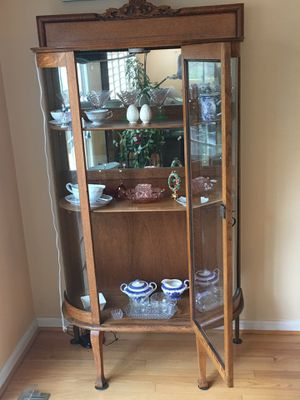 Antique Oak China Cabinet for Sale in Damascus, MD