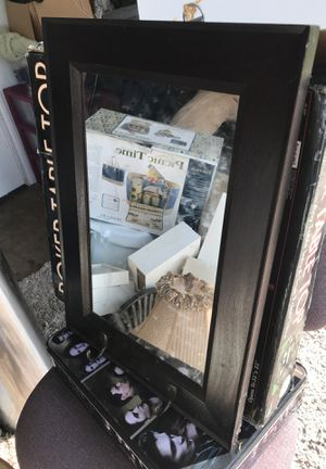 Wall mirror decor 10x16 for Sale in Austin, TX