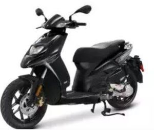 2014 PIAGGIO TYPHOON 50 VESPA SCOOTER for Sale in Wilsonville, OR
