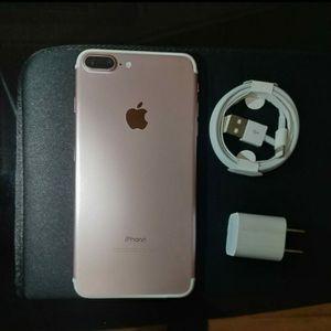 iPhone 7 plus 32gb AT&T for Sale in Falls Church, VA