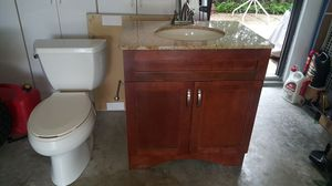 Bathroom for Sale in Miami, FL