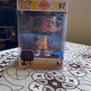 "Lebron James 10"" Yellow Jersey Funko Walmart Exclusive for Sale in Buena Park, CA"