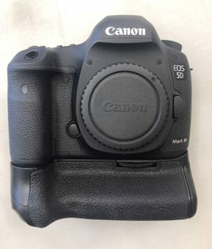 Canon EOS 5D Mark III for Sale in Norwalk, CT