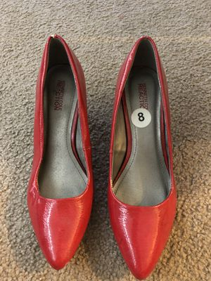 Kenneth Cole Red High heels Size 8 Mint Condition for Sale in Anaheim, CA