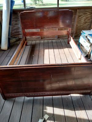Vintage mahogany bed frame for Sale in Greenville, SC