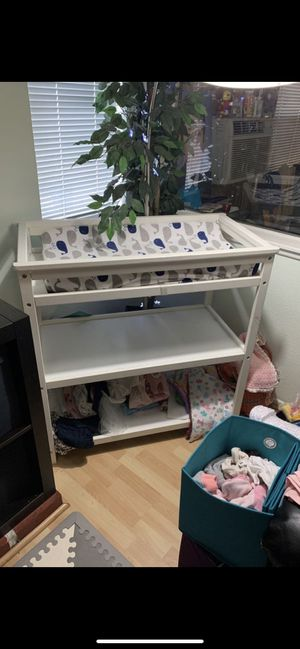 CURB ALERT Changing Table with Pad for Sale in Irwindale, CA