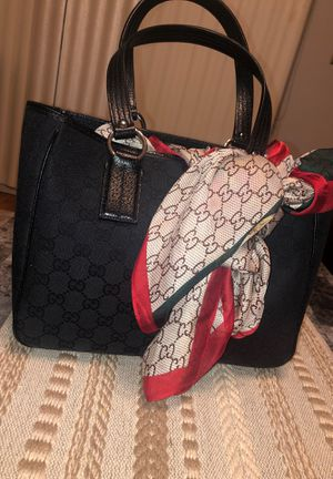 Authentic and Beautiful Vintage Gucci Bag for Sale in Dearborn Heights, MI