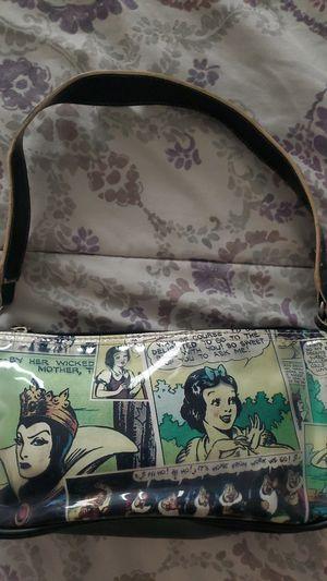 Snow white small purse for Sale in Fontana, CA