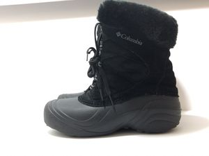 Womens Columbia Black Snow Boots Size 6 for Sale in Homewood, IL