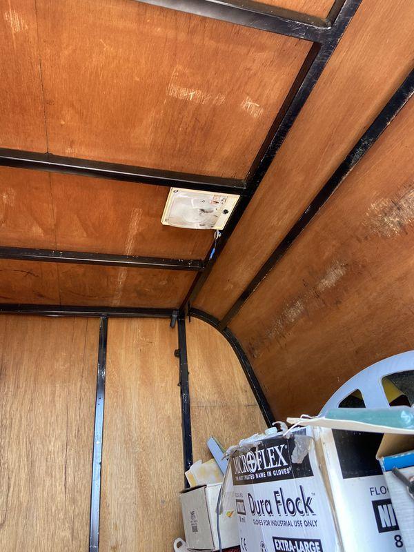 Closed trailer