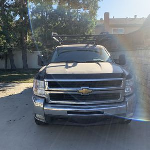 Chevy, 2500, Black for Sale in Cypress, CA