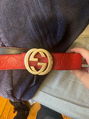 Gucci belt Red for Sale in Wichita, KS