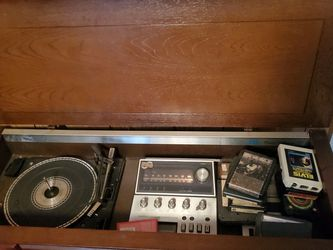 Vintage 3 In 1 Record Player for Sale in Grove City,  OH