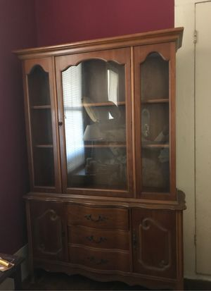 One piece China hutch for Sale in Kosciusko, MS