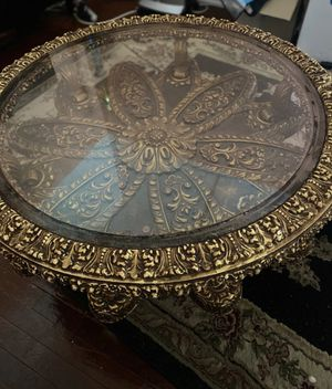Antique gold round table for Sale in Queens, NY