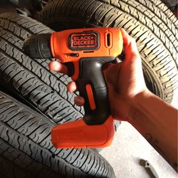 (drill) Black+Decker for Sale in Bartow,  FL