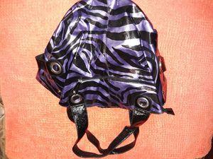 Lg black n purple purse for Sale in Tacoma, WA