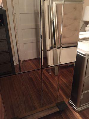 Mirrored 4 Door Cabinet for Sale in Salisbury, NC