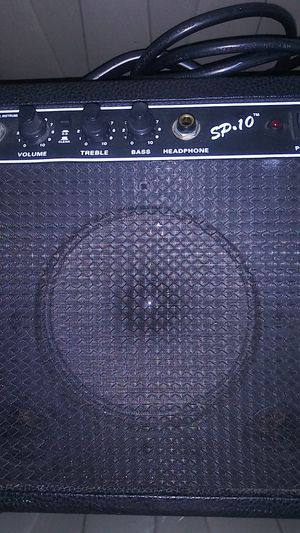 Amplifier for Sale in Waldorf, MD
