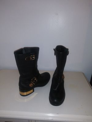 Boot vince camuto leather # 8 1/2 for womans for Sale in Lake Worth, FL