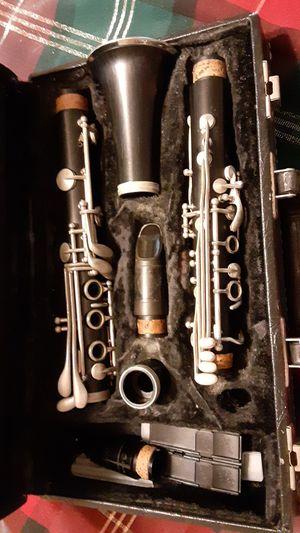 Woodwinds clarinet for Sale in Wapakoneta, OH
