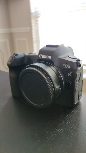 Canon EOS R with EF Adapter for Sale in Fort Worth, TX