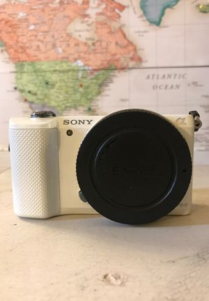 Sony A5000 for Sale in San Diego, CA