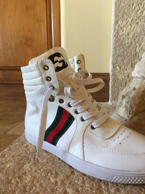 Gucci shoess for Sale in San Diego, CA