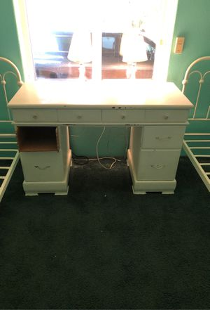 Desk for Sale in Snohomish, WA