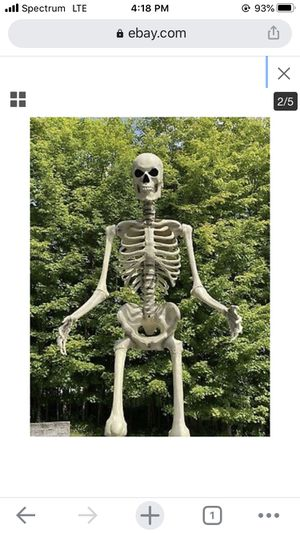 12 ft Halloween Skeleton with life like LED eyes for Sale in Lewis Center, OH