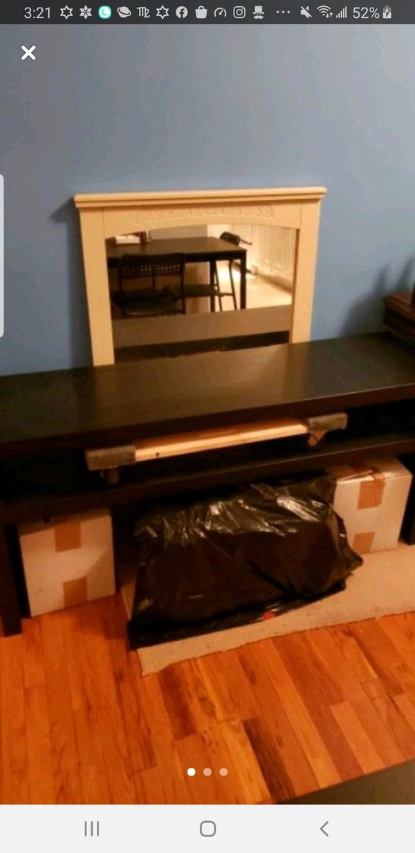 IKEA TV STAND/CONSOLE TABLE
