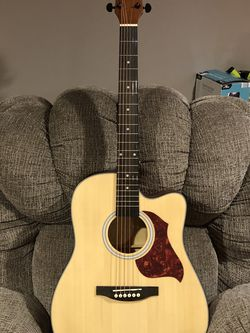 Box Acoustic Guitar Full Size for Sale in Grove City,  OH