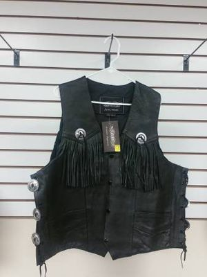 VEST Leather motorcycle club cutz brand new for Sale in San Diego, CA