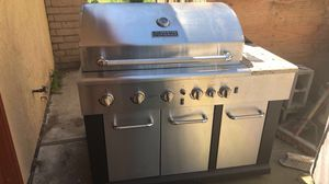 BBQ grill with outdoor sink for Sale in Stockton, CA