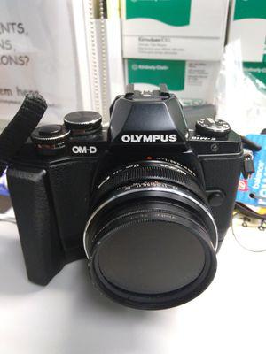 Olympus OM-D Em-10 + M.Zuiko 17 mm f1.8 for Sale in Atlanta, GA