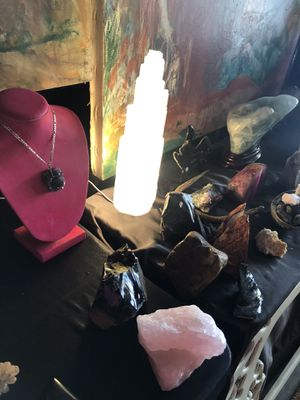 Crystals & more crystals, selenite lamps & more!! for Sale in Los Angeles, CA