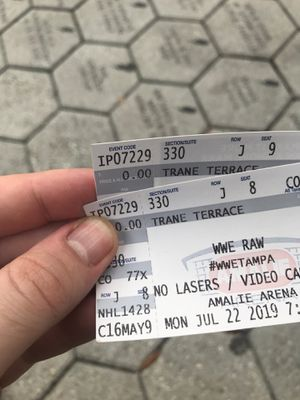 2 wwe Raw tickets for Sale in Tampa, FL
