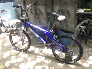 """Kids 20"""" mongoose bike bicycle for Sale in Coral Gables, FL"""