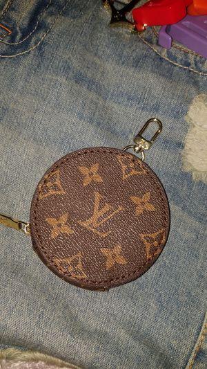 Louis Vuitton coin bag for Sale in Huntington Beach, CA