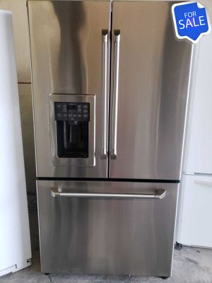 😍😍Refrigerator Fridge GE Counter Depth Works Perfect #1446😍😍 for Sale in Riverside, CA