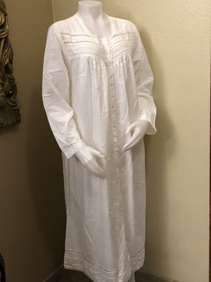 Beautiful Brand New Night Gown 100% Cotton for Sale in El Paso, TX